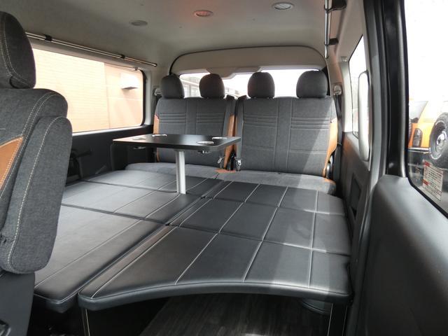 GL 床張り ベッド テーブル付きflexdreamライトキャンピングカーFD-BOX0 BrooklynStyleブラックデニムシートカバー LEDルームランプ アルミ&ナスカータイヤセット(7枚目)