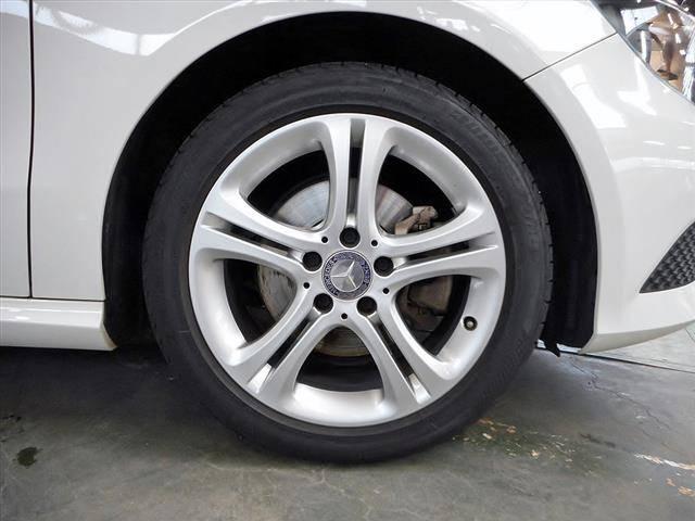 メルセデス・ベンツ M・ベンツ A180 レーダーセーフティパッケージ 新車保証