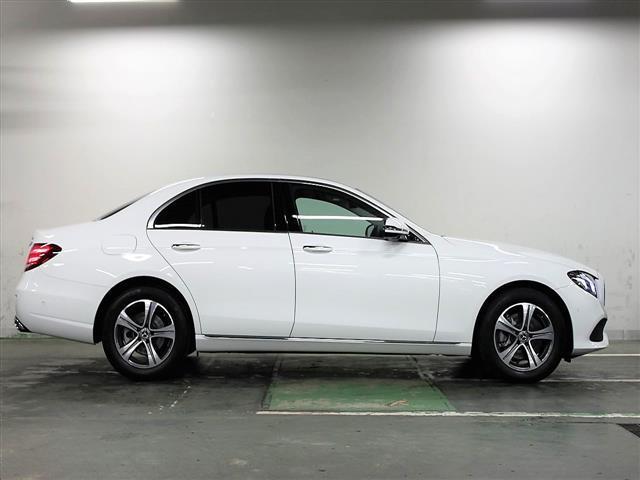 E200 4マチック アバンギャルド 2年保証 新車保証(2枚目)
