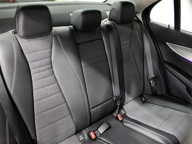 E200 4マチック アバンギャルド 2年保証 新車保証(14枚目)