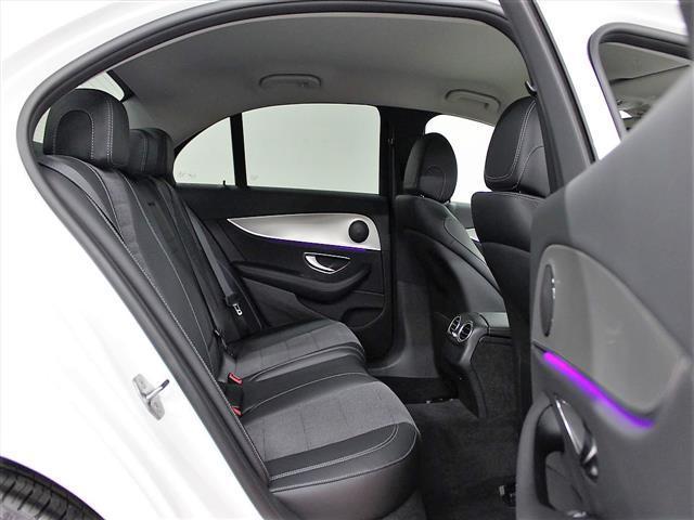 E200 4マチック アバンギャルド 2年保証 新車保証(16枚目)