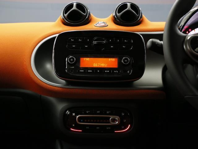 スマート スマートフォーフォー パッション ベーシックパッケージ 新車保証