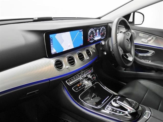 E200 アバンギャルド レザーパッケージ 新車保証(4枚目)