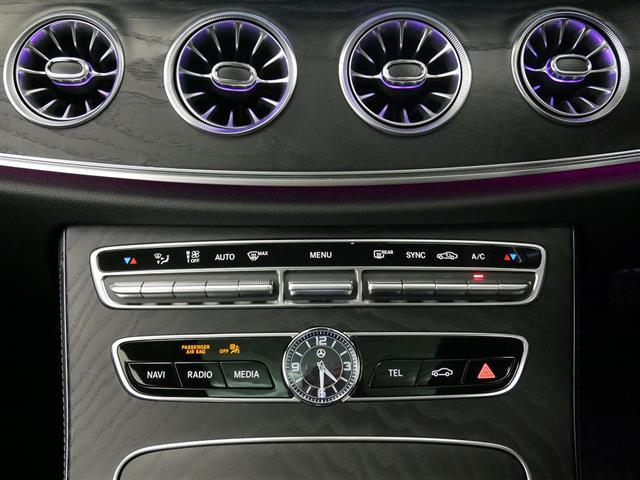 E200 クーペ スポーツ レザーパッケージ 2年保証 新車保証(12枚目)