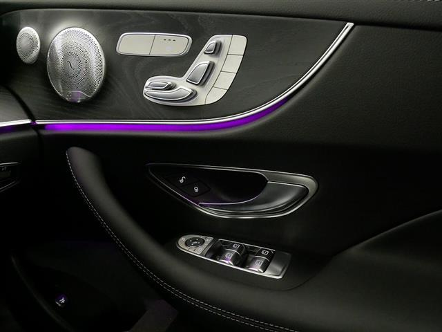 E200 クーペ スポーツ レザーパッケージ 2年保証 新車保証(16枚目)
