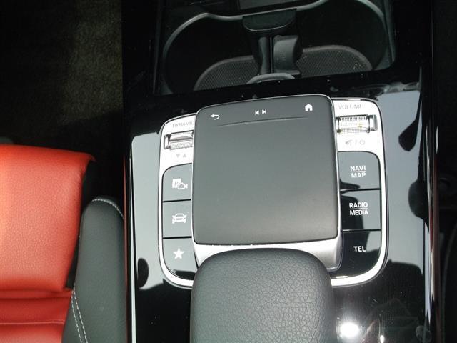 A250 4MATIC セダン AMGライン AMGレザーエクスクルーシブパッケージ レーダーセーフティパッケージ アドバンスドパッケージ ナビゲーションパッケージ 2年保証 新車保証(11枚目)