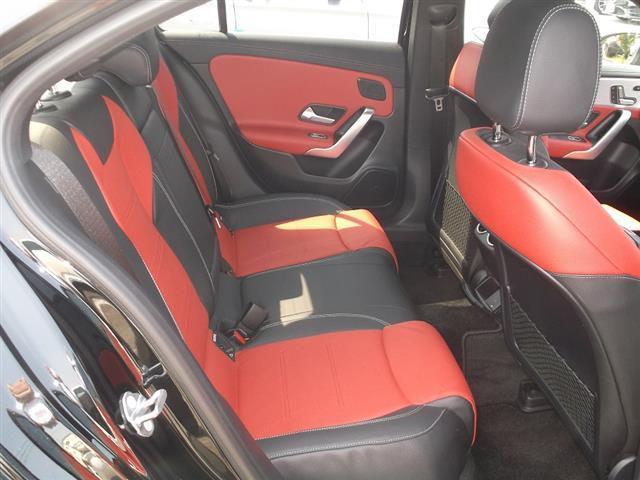 A250 4MATIC セダン AMGライン AMGレザーエクスクルーシブパッケージ レーダーセーフティパッケージ アドバンスドパッケージ ナビゲーションパッケージ 2年保証 新車保証(13枚目)