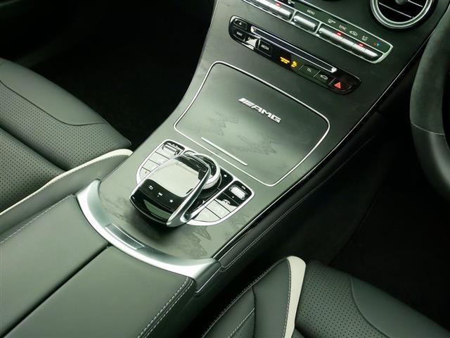 GLC63 S 4MATIC+ 2年保証 新車保証 Bluetooth接続 CD DVD再生 ETC LEDヘッドライト TV アイドリングストップ クルーズコントロール コネクテッド機能 サイドカメラ サンルーフ・ガラスルーフ(14枚目)