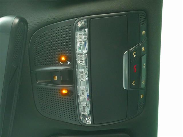 GLC63 S 4MATIC+ 2年保証 新車保証 Bluetooth接続 CD DVD再生 ETC LEDヘッドライト TV アイドリングストップ クルーズコントロール コネクテッド機能 サイドカメラ サンルーフ・ガラスルーフ(24枚目)