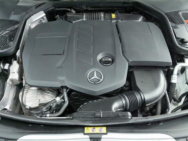 C220 d アバンギャルド AMGライン レザーエクスクルーシブパッケージ レーダーセーフティパッケージ 2年保証 新車保証(8枚目)