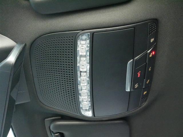 C220 d アバンギャルド AMGライン レザーエクスクルーシブパッケージ レーダーセーフティパッケージ 2年保証 新車保証(22枚目)