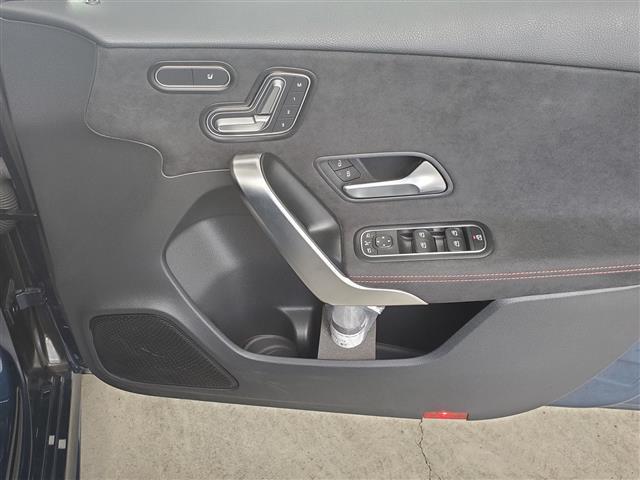 A180 スタイル AMGライン レーダーセーフティパッケージ アドバンスドパッケージ ナビゲーションパッケージ 2年保証 新車保証(10枚目)