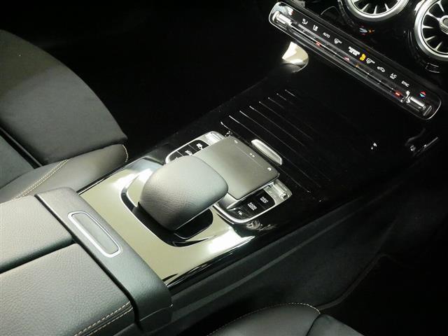 A250 4MATIC セダン エディション1 2年保証 新車保証(15枚目)