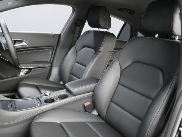 CLA220 4MATIC シューティングブレーク 新車保証(17枚目)