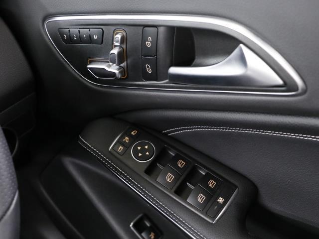 CLA220 4MATIC シューティングブレーク 新車保証(15枚目)