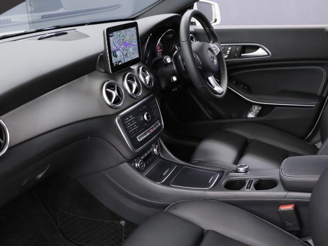CLA220 4MATIC シューティングブレーク 新車保証(16枚目)
