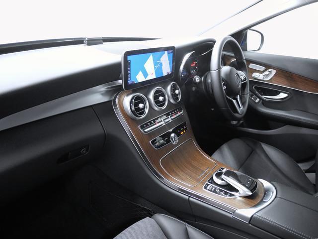 万一お車が故障した場合も、ご購入後1年間もしくは2年間※は走行距離にかかわらずメルセデス・ベンツ正規サービスネットワークで無料修理いたします。保証内容等詳細については、お気軽にお問い合わせください