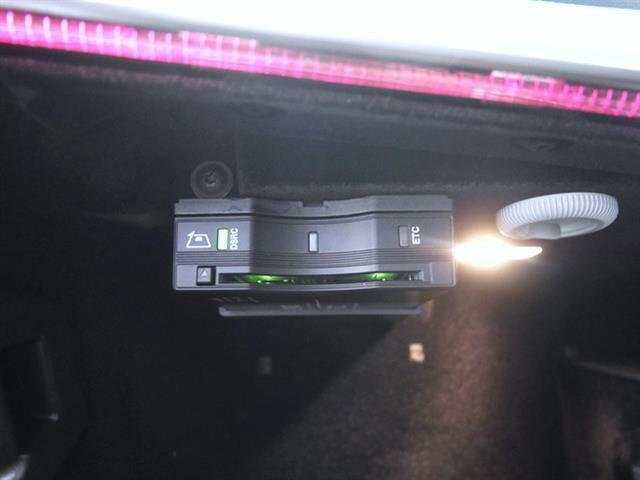 E200 ステーションワゴン AV エクスクルーシブPKG(5枚目)