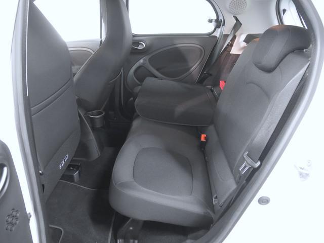 「スマート」「フォーフォー」「コンパクトカー」「奈良県」の中古車13