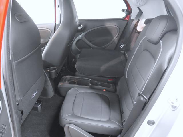 ブラバス エクスクルーシブ 2年保証 新車保証(14枚目)