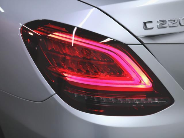 C220d ローレウスエディション レーダーセーフティパッケージ スポーツプラスパッケージ レザーエクスクルーシブパッケージ 2年保証 新車保証(8枚目)