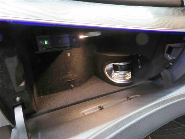 E200 アバンギャルド スポーツ レザーパッケージ 2年保証(12枚目)