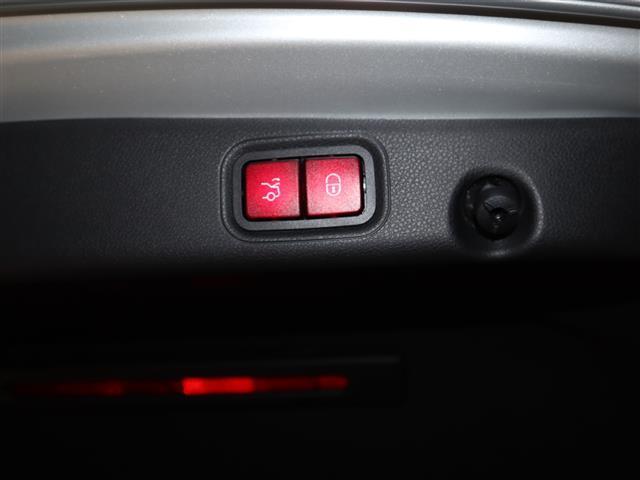 E200 アバンギャルド AMGライン エクスクルーシブパッケージ 2年保証 新車保証(7枚目)