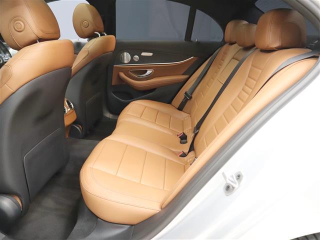 E200 アバンギャルド AMGライン エクスクルーシブパッケージ 2年保証 新車保証(9枚目)