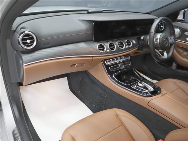 E200 アバンギャルド AMGライン エクスクルーシブパッケージ 2年保証 新車保証(12枚目)