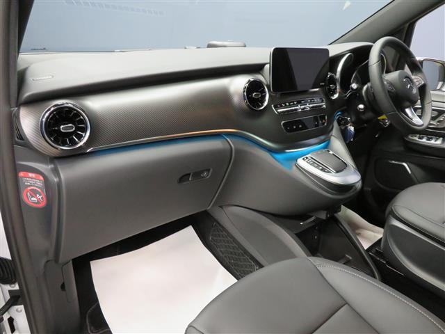 V220 d アバンギャルド ロング AMGライン 2年保証 新車保証(14枚目)