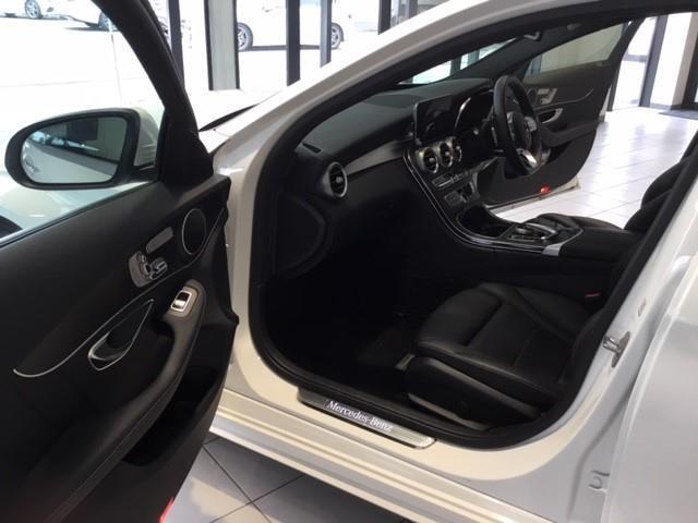 C220 d ローレウスエディション レーダーセーフティパッケージ スポーツプラスパッケージ 2年保証 新車保証(9枚目)