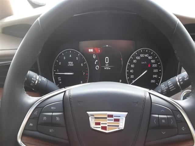 「キャデラック」「キャデラックXT5クロスオーバー」「SUV・クロカン」「北海道」の中古車7