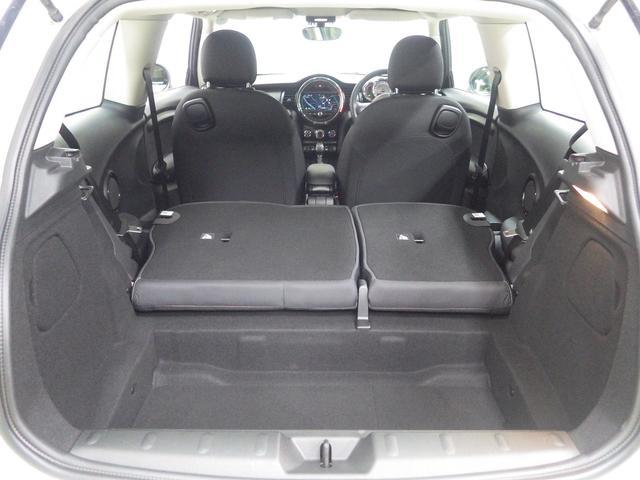 ワン クールパッケージ ナビパッケージ ライトパッケージ フェイバリットスタイル 正規認定中古車(11枚目)