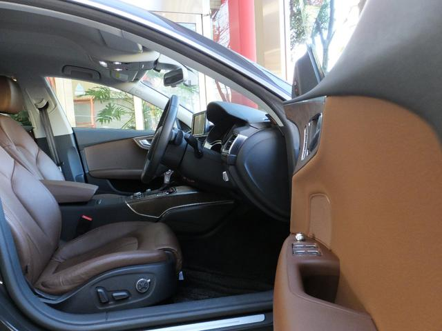 アウディ アウディ A7スポーツバック 3.0TFSIクワトロ 4WD 1オ-ナ- スペアキ-