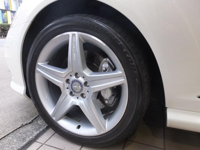 弊社では他でお求めになられた車も喜んで修理のお預かりをさせて頂きます。パーツの揃いにくい輸入車のクラッシックカーの修理から、最新モデルのBOSCHテスターによる故障診断修理まですべてお任せ下さいませ。