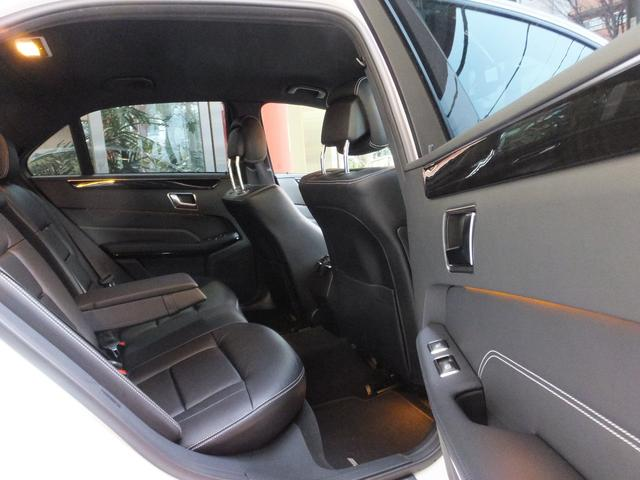 車検の残りが半年を切った車は車検整備付に、それ以外の車は全て法定1年点検整備を済ませています。費用は含まれています。