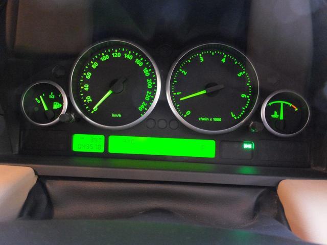 4.4 V8 ワンオーナー車ベージュ革サンルーフスペアキー(17枚目)