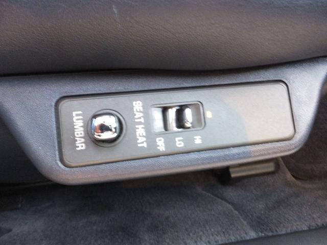 ご納車の後安心してお乗り頂ける様法定整備以外にも消耗品の点検、交換、また各種機能点検も行なっています。調整等が必要な所がもしあれば点検修理も済ませてあります。
