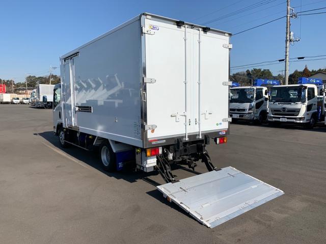 いすゞ エルフトラック 冷凍冷蔵 格納PG サイドドア