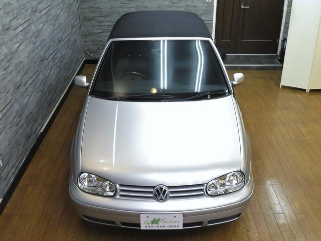 フォルクスワーゲン VW ゴルフカブリオレ ベースグレード 禁煙車 レザーシート 純正AW