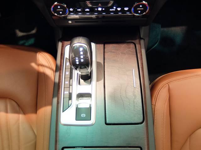 マセラティ マセラティ ギブリ S Q4 ワンオーナー 4WD 検2年付