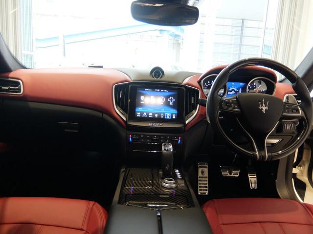 右ハンドル 赤革 ナビ(MTC+) ETC SR 21AW ブレーキキャリパーレッド 新車保証継承(9枚目)