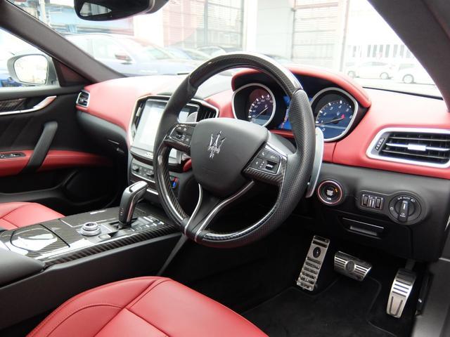 右ハンドル 赤革 ナビ(MTC+) ETC SR 21AW ブレーキキャリパーレッド 新車保証継承(14枚目)