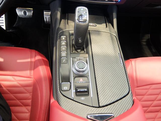 TrofeoV8 左ハンドル 赤革 ナビ ETC 全方位カメラ SR 全席シートヒーター 21AW 新車保証継承(12枚目)