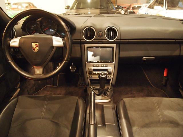 輸入車専門店のプラネックスカーズは自社認証工場完備!修復歴無しの安心車輌です。各種ローンお取り扱いしております。是非品質の良さと、乗り心地を確かめにご来店ください。