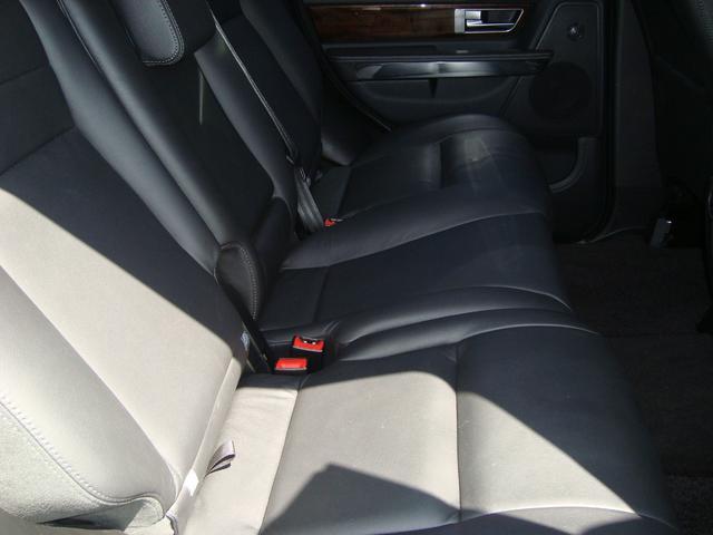 「ランドローバー」「レンジローバースポーツ」「SUV・クロカン」「東京都」の中古車18