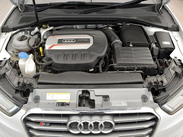 アウディ アウディ S3 スポーツバックLEDヘッドライトカラードブレーキキャリパー