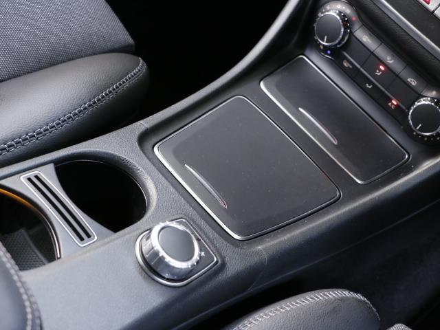 GLA180 レーダーセーフティパッケージ 新車保証(14枚目)