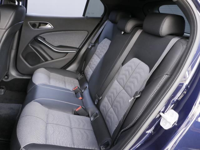 GLA180 レーダーセーフティパッケージ 新車保証(18枚目)