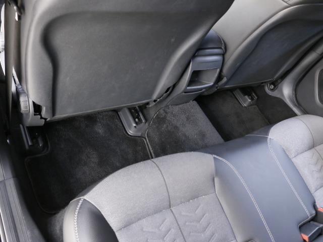 GLA180 レーダーセーフティパッケージ 新車保証(20枚目)